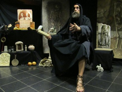 Exposition Dis Manibus Spectacle Royaume de Pluton copyright Espace gallo romain (2)