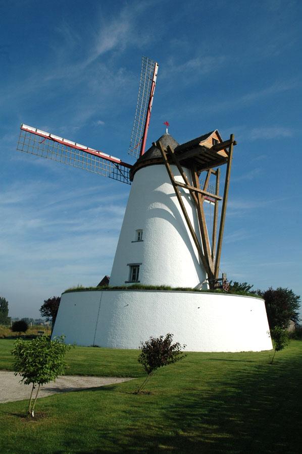 Le Blanc Moulin à Ostiches