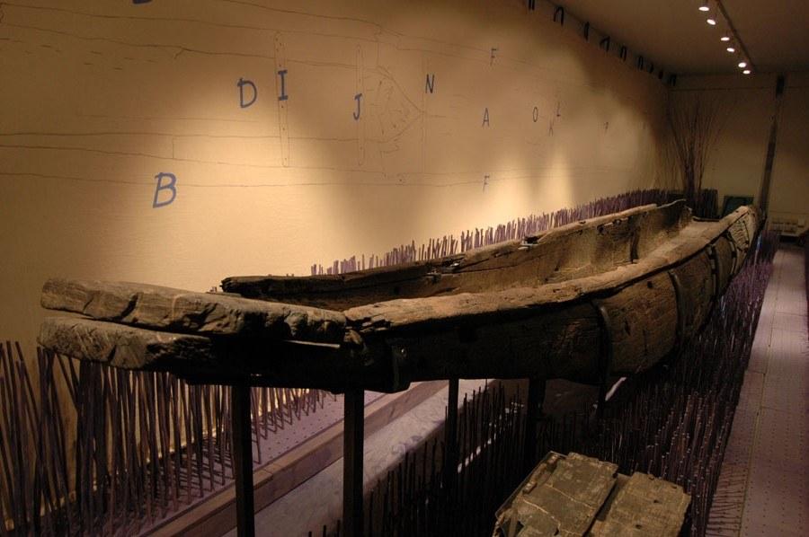 Espace gallo-romain - la pirogue monoxyle