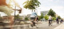 Une formation gratuite pour vous sentir à l'aise sur votre vélo dans le trafic